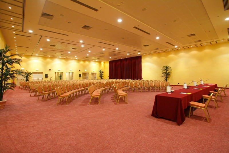 hotel-capannelle-rom-kongresszentrum-01