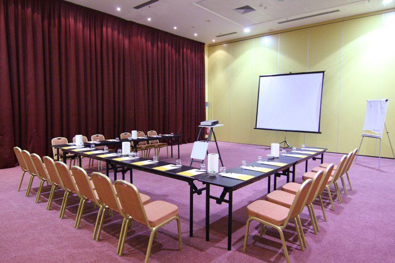 hotel-capannelle-rom-kongresszentrum-07