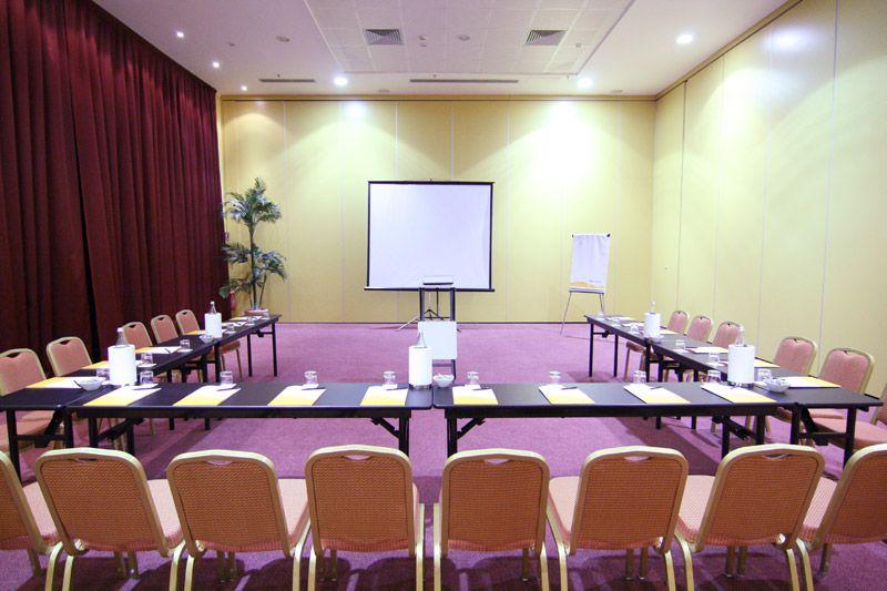 hotel-capannelle-rom-kongresszentrum-09