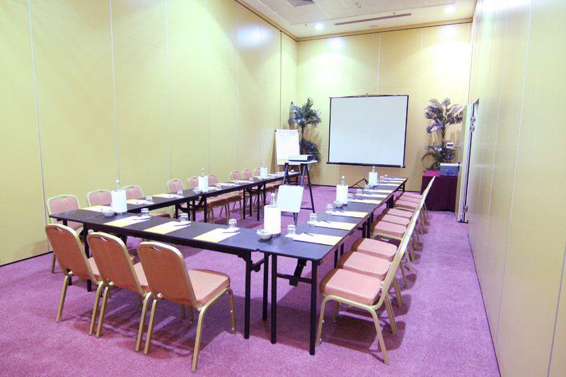 hotel-capannelle-rom-kongresszentrum-10
